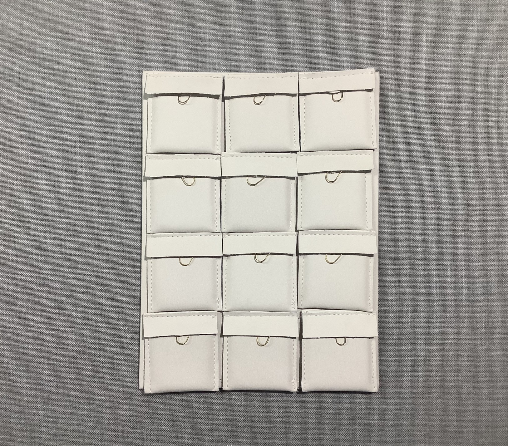 12αρι --μαξ/ακι 5 cm x 6 cm--